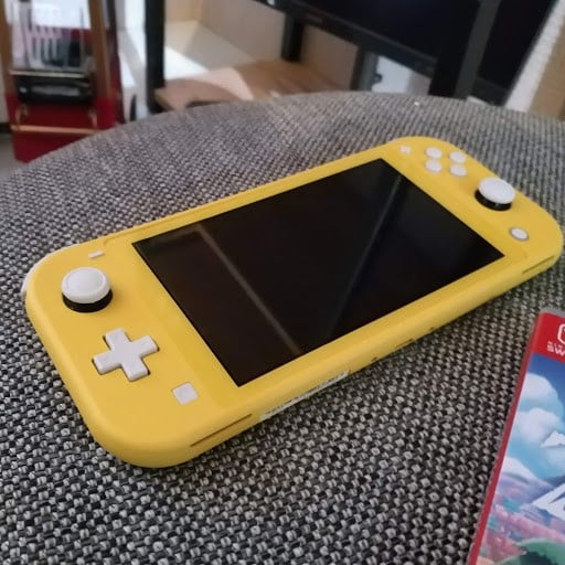 NIntendo Switch Lite Amazon